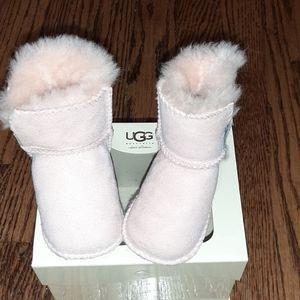 UGG Infants size S Erin bootie